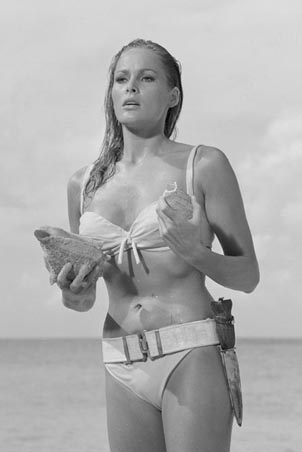 honey-ryder.ursula-andress.jpg