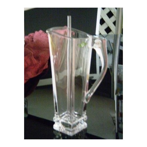 Quanttro Martini Pitcher